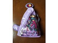 Girls, Groovy Chick/Bang on the door, Roller Skate Protector - Small