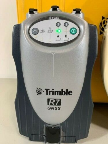 Trimble R7 GNSS Receiver w/o Radio w/ Zephyr Geodetic Model 2 Antenna Pre-owned