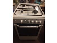 Indesit I5GGW gas cooker in white