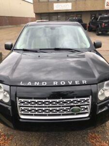 2009 Land Rover LR2 HSE.