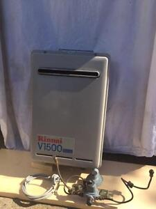 "Rinnai V1500 ""AS NEW"" gas continous hot water system Carina Brisbane South East Preview"