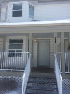Check This out! 3 Bdrm/3 Level,2.5 Bath/ SOUTH Side. TOP Quality