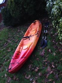 Malibu 2 Ocean Kayak: good condition with twin paddles.Quick sale due to relocation,open to offers.