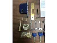 2 Chubb Door 5 lever mortice deadlock. Collect from Fulham