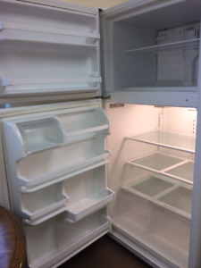 FABULOUS Cond. & Works GREAT Large Fridge/Freezer!!!