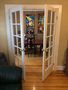 den for rent in a 2-bedroom apartment downtown Westend