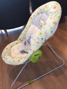 Chaise berçante bébé (swing)