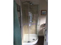 Shower screen and tray