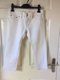 Ladies white jeans (peddle pushers) Jane Norman. Size 12.