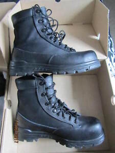 NEW SAFETY BOOTS, LEATHER BREATHABLE SIDES