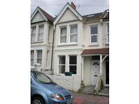 6 BEDROOM STUDENT HOUSE IN HOLLINGDEAN, Hollingbury Park Avenue (Ref: 138)