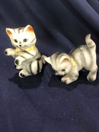 1960s era japanese porcelain striped tabby salt and pepper nice shape