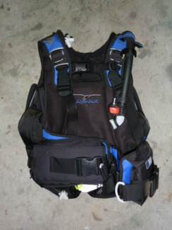 Bundle of female scuba diving gear