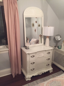 3 DRAWER CHEST WITH MATCHING MIRROR