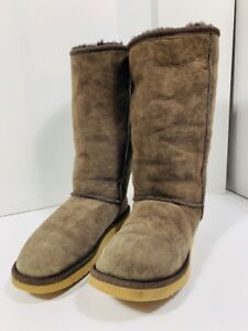 *UGG - bottes authentique - femme taille 8*