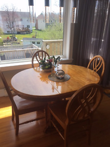 Solid Wood Kitchen / Dining Table and Chiars