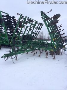 2004 John Deere 980 Cultivator Kitchener / Waterloo Kitchener Area image 6