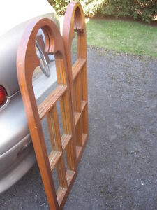 PAIR OF VINTAGE GORGEOUS MAPLE FRAMED MIRRORS