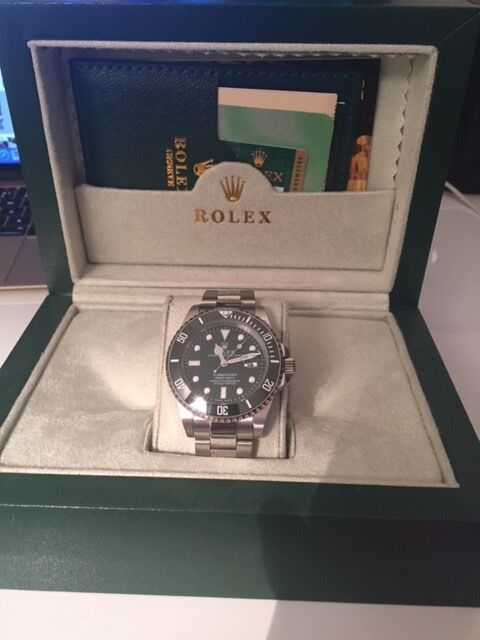 Rolex Submariner Hulk Green Mens Watch