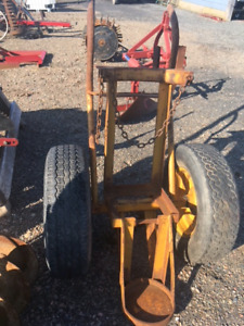 Welding cart for gases. selling for $195
