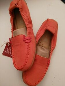 Hush Puppies Shoes Size 6  Super comfortable