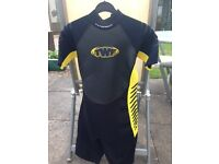 TWF Titanium shortie wetsuit age 13/14 years
