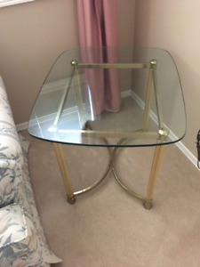 Glass coffee table with 1 end table