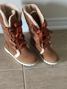 Brand New Woman's Brown Suede Winter Boots OBO