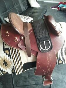 Ringa Half Breed Saddle Stroud Great Lakes Area Preview