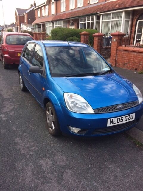 Ford Fiesta Zetec 1.4 Sport 2005 Plate Great Family Car 7 Months M.O.T Only 96000 miles £800 ono