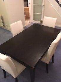 URGENT NOV/2017 - Dinning table with 4 chairs (with removable cover) - only selling due to move