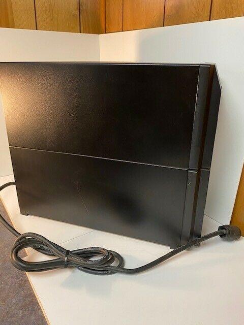 APC Smart-UPS 2200VA LCD 120V TAA 20 AMP