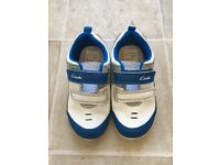 CLARKS First Trainers Super Flex Size 6 1/2