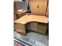 Corner desk 1600mm x 800mm