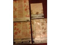 3 Laurel Leaf floral single duvet covers/2 matching pillow cases. New, still in pack. £7. Bargain!