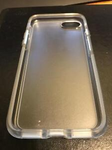 iPhone 7 Symmetry Series Clear Case (Otterbox)