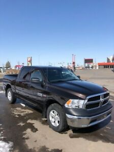 2017 Dodge RAM 1500 PICKUP SXT , **Low KMS**