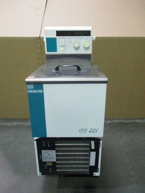 Neslab RTE-221 Chiller, Refrigerated, Heating Bath, Type R-134A, 450786