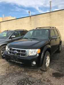 2011 FORD ESCAPE XLT 4X4 . 4 CYL AUTO. ONLY 113 K! -$11,995