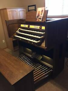 CONTENT Organ for Church or Home