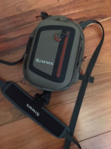 Simms Chest Fly Bag