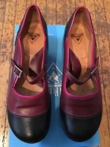 Fluevog shoes - Sandra, size 8.5, burgundy and black