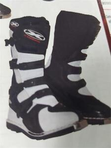 Motorcross boots XTREME
