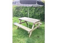 QUALITY HAND MADE GARDEN PICNIC BENCHS, BUILT USING THE BEST QUALITY PRE-TREATED EXTEREA TIMBERS.