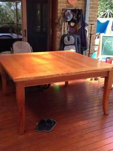 Rustic Oregon Square Timber Table - Seats 8 Arcadia Hornsby Area Preview