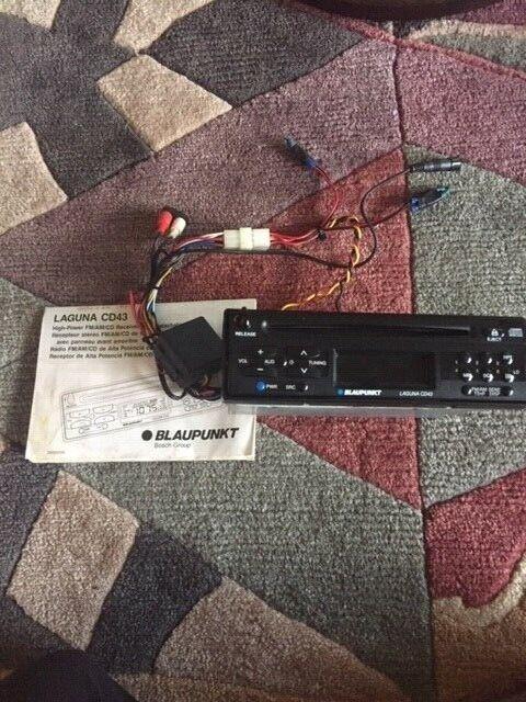BLAUPUNKT AUSTIN CR45 FM//AM//CASSETTE RECEIVE W// DETACHABLE FACE BRAND NEW!