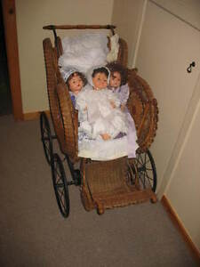 Antiques: 1890s early 1900s Baby Carriage Buggy Gatineau Ottawa / Gatineau Area image 1