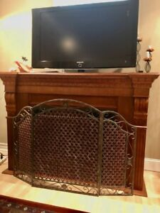 Samsung 40'' TV, good condition with remote. Not smart TV $110