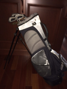 REDUCED- AMAZING DEAL on Golf Club SET & BAG, too!!!