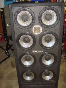 Behringer Ultra Bass BA810 Bass Cabinet
